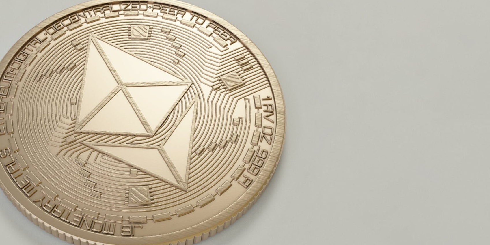 Bitcoin a scăzut cu până la 14%, duminică,.